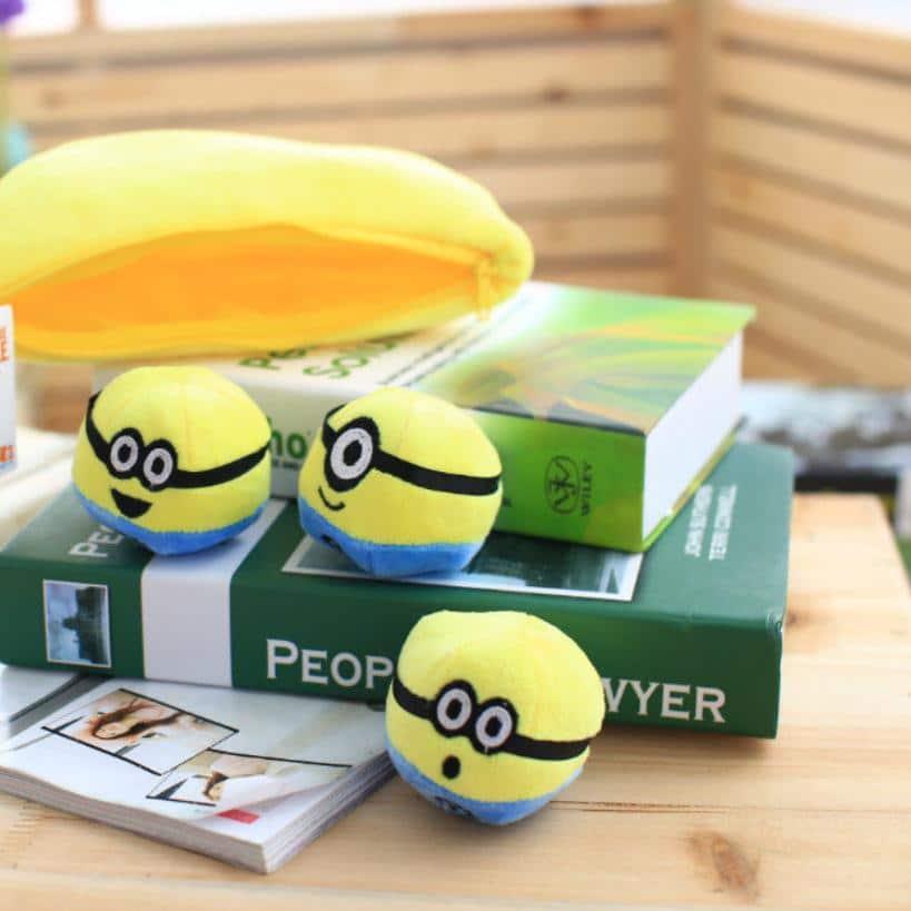 1-pcs-30-cm-Despicable-Me-2-Peluche-peluche-poup-e-film-anime-Minions-banana-style-3.jpg